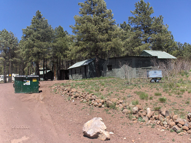 Cabins at the Pine Breeze Inn